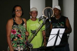 Gravação do CD Memórias de Pompéu em Sabará. Ponto de Memória do Imersão Latina. Prêmio concedido pelo IBRAM. Silas da Fonseca é o que está no meio de blusa verde limão.
